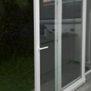 Kunststofffenster online kaufen pvc fenster zu for Schiebe fenster
